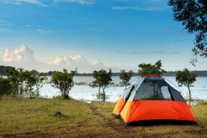 tent near lake