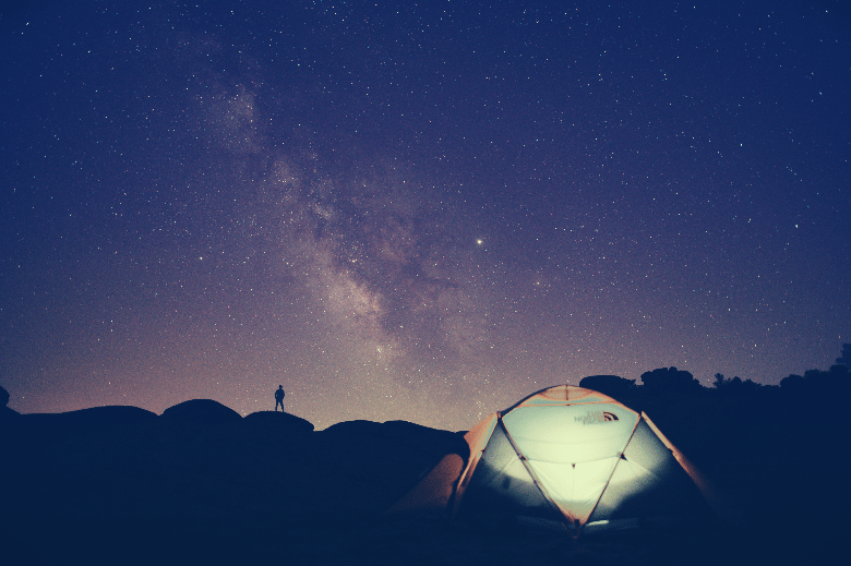 tent in the middle of night outdoors