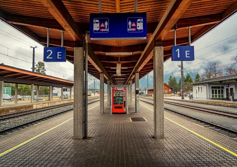 train station with two tracks showing